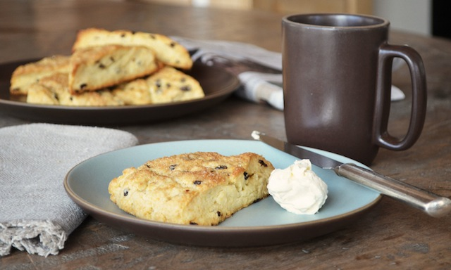 THE_RECIPE_GRINDER_SCONES